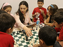 Chess Grandmaster Alexandra Kosteniuk visited the 2007 Florida State Scholastic Championshipi