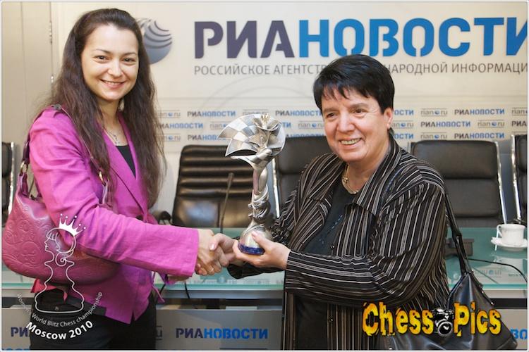 20100916_95KosteniukGaprindashvili