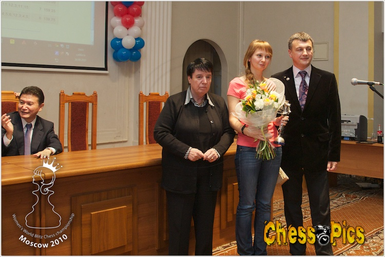 20100918_128GaprindashviliNKosintseva