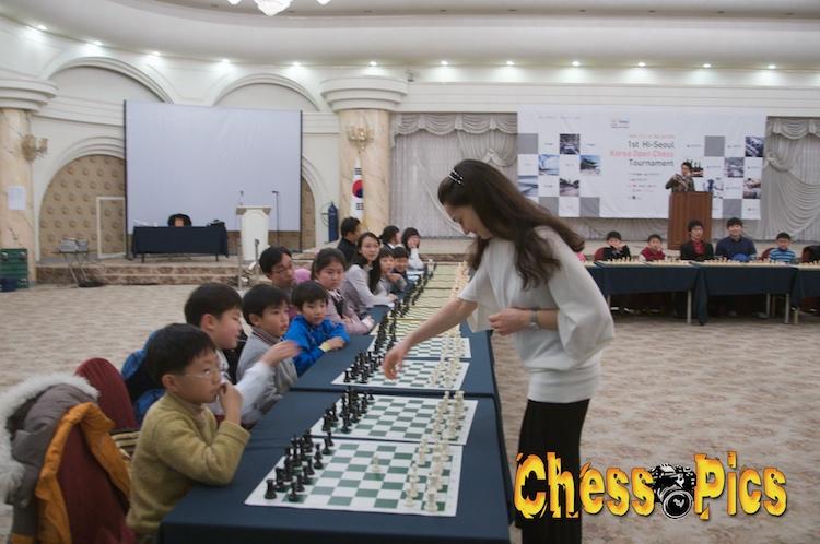 20081205_50KosteniukKorea