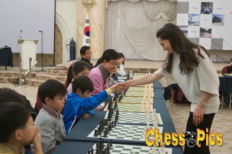 20081205_52KosteniukKorea
