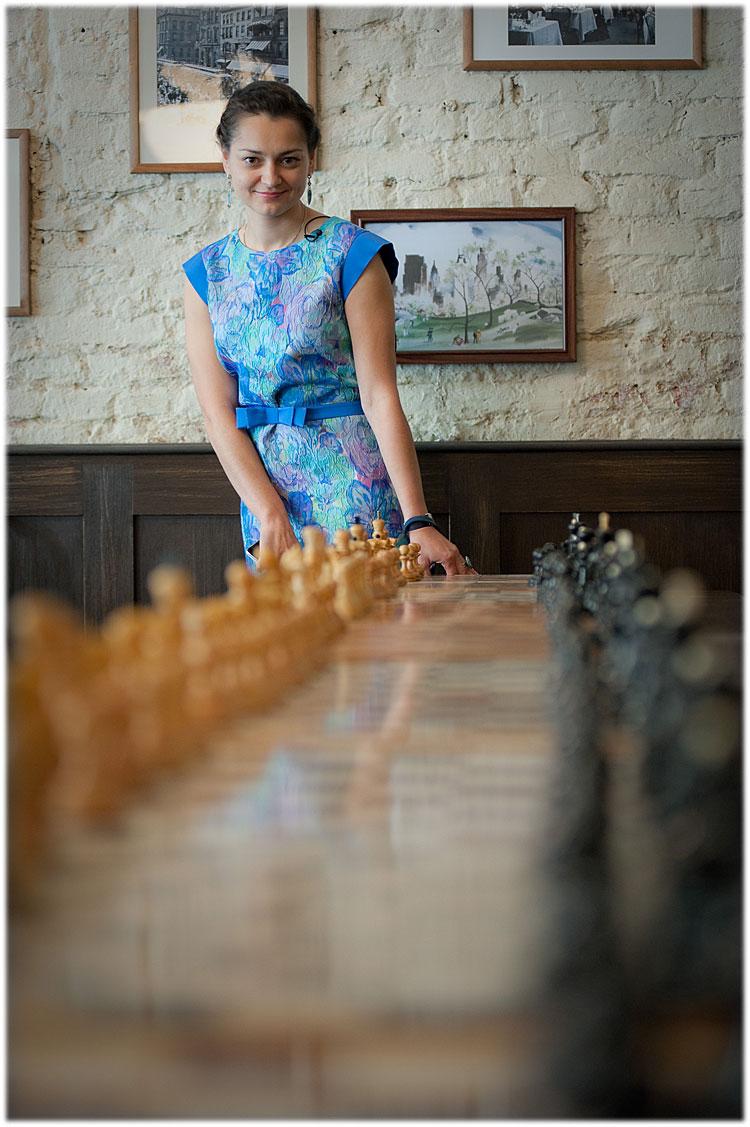 chess-and-fish-stroganoff-065-d